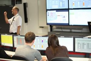 Leitstand / Leitwarte: Simulation von Leitstandsystemen für Kraftwerke / Versorgungsunternehmen.